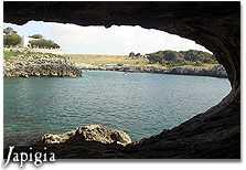 Grotta costiera a Porto Badisco